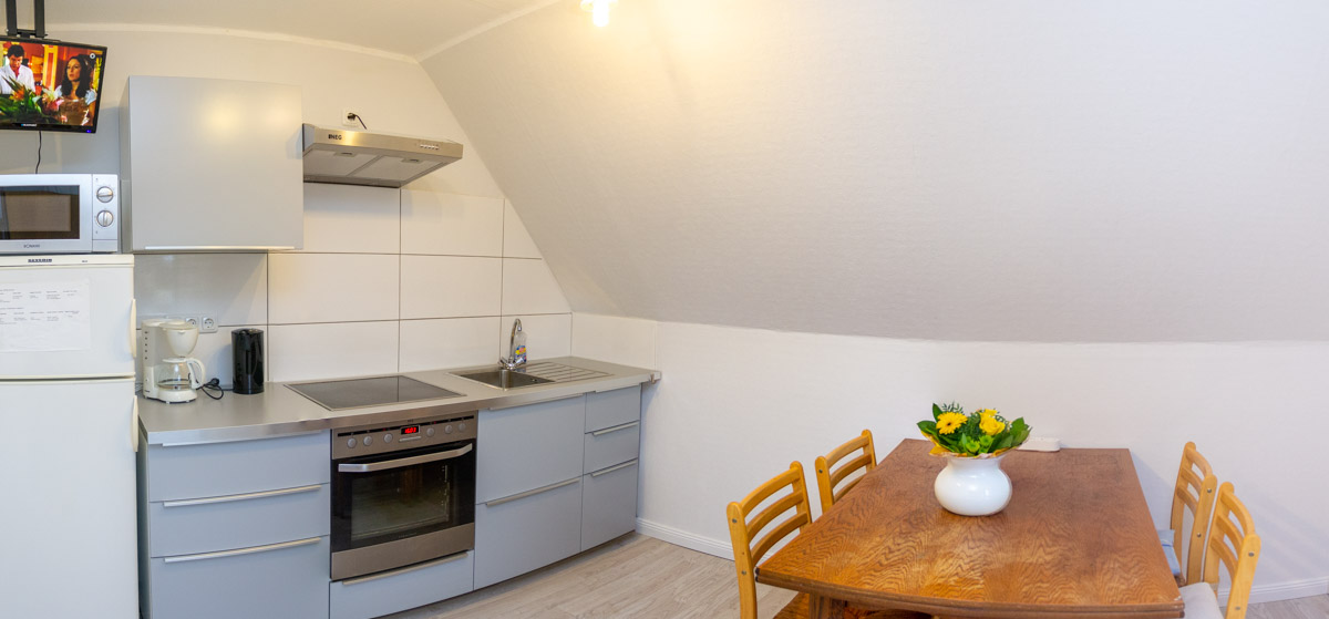 Küche im Gästehaus Lemberger Holzwickede Wohnungen für Bauarbeiter und Montagearbeiter