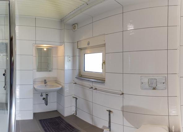 Modernes Bad im Gästehaus Holzwickede